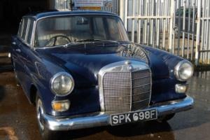 1967 Mercedes-Benz 200 FINTAIIL PETROL MANUAL