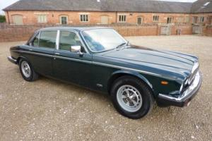 DAIMLER DOUBLE SIX V12 1992 - COVERED 19K MILES FROM NEW - BRG