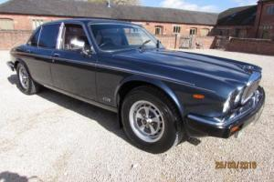 DAIMLER DOUBLE SIX 1990 COVERED 55,000 MILES FROM NEW - STUNNING
