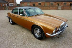 DAIMLER V12 DOUBLE SIX VDP AUTO 1974 68,000 MILES FROM NEW VERY RARE CAR Photo