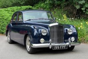 1956 Bentley S1 James Young B10 Saloon B470AN