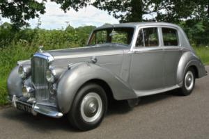 1952 BENTLEY R TYPE MANUAL Sports Saloon
