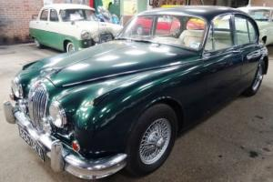 Jaguar 3.8 Mark II 1961. Manual, with Overdrive and Wire Wheels. Cream Leather.