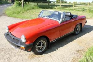 LOVELY 1977 MG MIDGET 1500 IN BRIGHT RED. EXCELLENT CONDITION, GREAT RUNNER