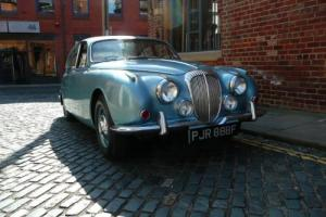 1968 Daimler V8 250 / 33k miles / 1 previous owner / price reduced