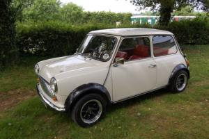 Stunning Austin Mini 1000 Full complete body off restoration