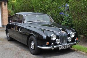 1966 Jaguar Mk. II Saloon Photo