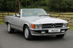 Mercedes-Benz R107 420 SL (1989) Astral Silver with Blue Leather