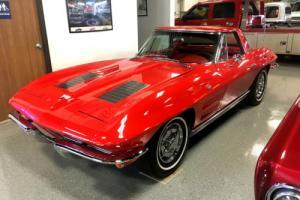 1963 Chevrolet Corvette Convertible! Beautiful color combination