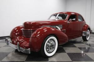 1937 Cord 810 Westchester Photo
