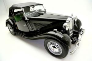 1952 MG TD Roadster Black, Nice Photo