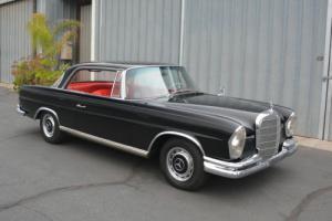 1963 Mercedes-Benz 200-Series 220SE