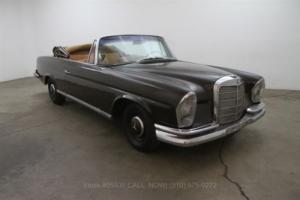 1963 Mercedes-Benz 220SEB Cabriolet
