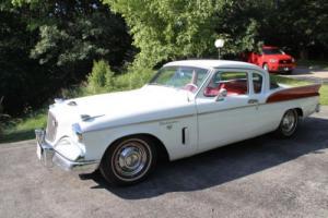 1957 Studebaker Silver Hawk