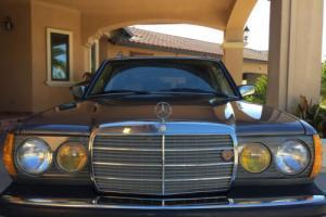 1984 Mercedes-Benz 300-Series Turbo Diesel