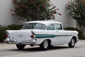 1957 Pontiac Cheftain