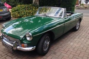 1969 MG B ROADSTER GREEN