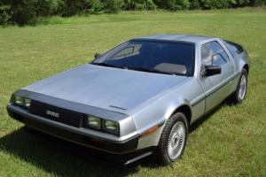 1982 DeLorean DMC-12 Photo