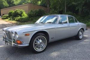 1972 Jaguar XJ6 Photo