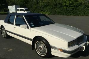 1991 CADILLAC WHITE - V8 engine