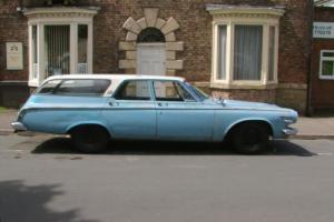 Dodge 330 Photo