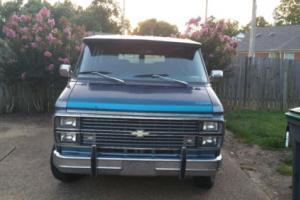 1984 Chevrolet G20 Van Photo