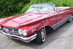 1960 Buick Electra Photo