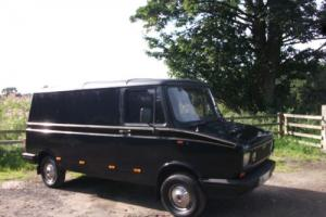 BLACK CLASSIC FREIGHT ROVER ideal SURF, CAMPER, WORK or PROMOTIONAL VAN Photo