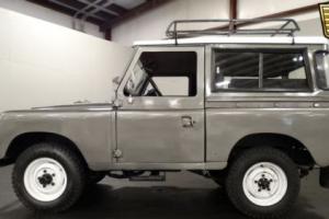 1965 Land Rover Santana Photo