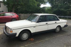 1987 Volvo 240 Photo