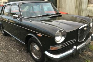 1971 WOLSELEY 1800 DK GREEN TOTALLY RESTORED BEAUTIFUL LITTLE CAR WITH LONG MOT