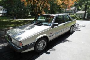 1989 Volvo 780  Bertone Photo