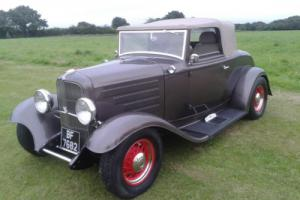 FORD MODEL B . 1932 CABRIOLET. HOTROD.