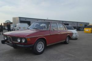 1974 BMW 2500 RED CLASSIC BMW, RESTORATION PROJECT, NOT DAMAGED, RUNS AND DRIVES