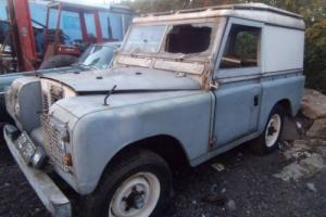 LAND ROVERseries2 1970,GREY,needs restoration,engine runs well,need of new home Photo