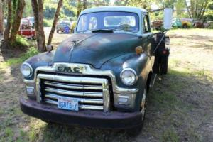 1955 GMC 350-Series Deluxe Cab with Deluxe Trim Package