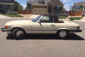 1988 Mercedes-Benz 500-Series 560 SL Roadster