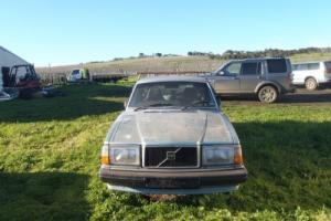 Volvo 240 1983 Estate Wagon Photo