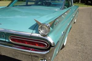 1959 Pontiac 2 door post Star Chief