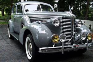 1938 Buick Century Photo