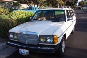 1984 Mercedes-Benz 300-Series Wagon