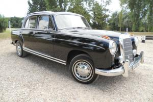 Mercedes 220s 1958. Ponton. Photo