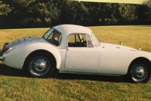 1959 MG MGA Photo