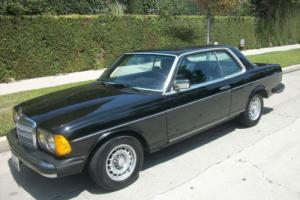 1983 Mercedes-Benz 300-Series Photo