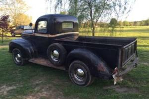 1947 Ford F-100 1\2 Ton