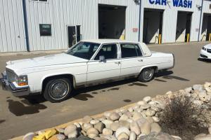 Cadillac: Fleetwood FLEETWOOD BROUGHAM
