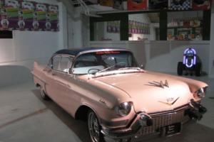 1957 Cadillac Fleetwood 4 door pilarless