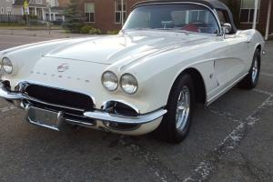 Chevrolet: Corvette Convertible