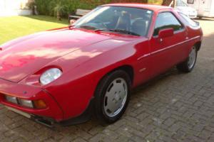 1985 PORSCHE 928 S AUTO RED
