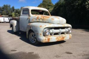 Ford F1 F100 PICKUP STEPSIDE 1952 RUNS AND DRIVES. MODIFIED